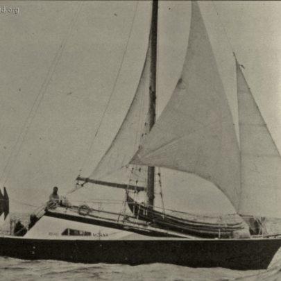 Dr Lewis's Catamaran Rehu Moana after launching | Ian Hawks