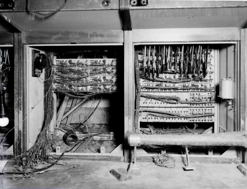 Rewiring in progress | ©BT Heritage