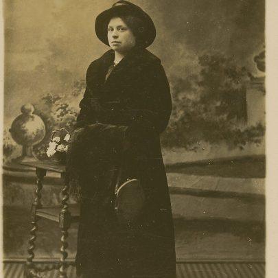 Gertrude Crow   John Hawes