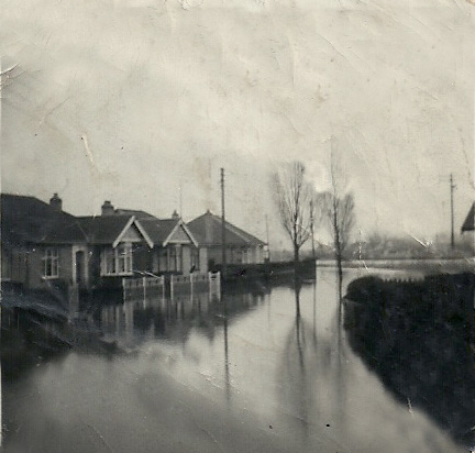 Homes flooded on Canvey in 1953 | Gilda Sickelmore