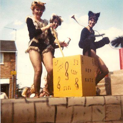 Right: Barbara Gale (nee Wooding)   Maureen Buckmaster