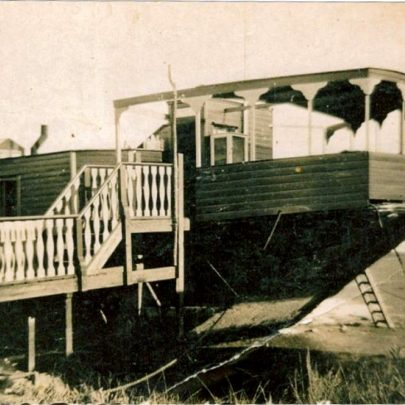 Another view of the houseboat | Robert Bowles