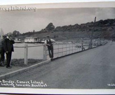 This looks like the Bridge Keeper | David Bullock