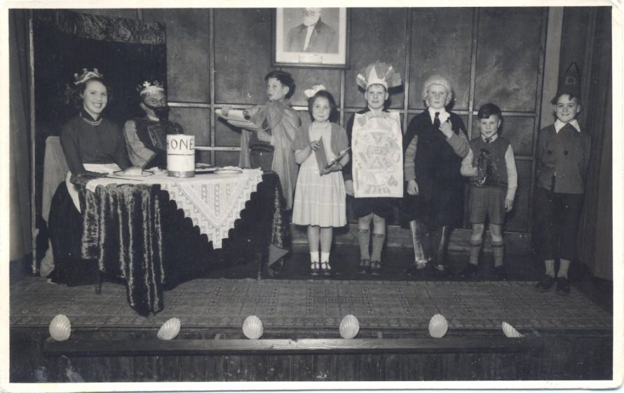 Pat with Uncle Harold, Graham, Jennifer, Tony, Peter, Christopher and Jim. Whittier Hall TA Concert 6th March 1954 | Stevens Graham