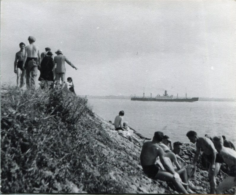 Scene from the seawall | H Reed