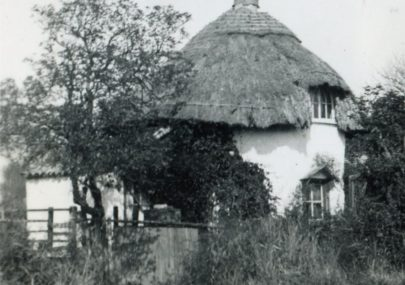 The Dutch Cottage (1618) c1925