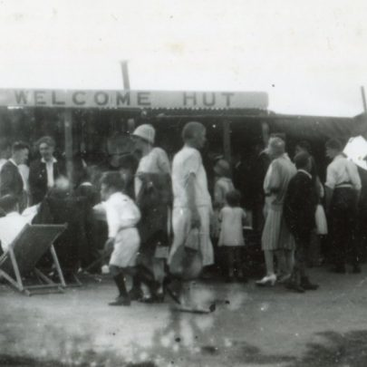 The Welcome Hut | Henry Clubb