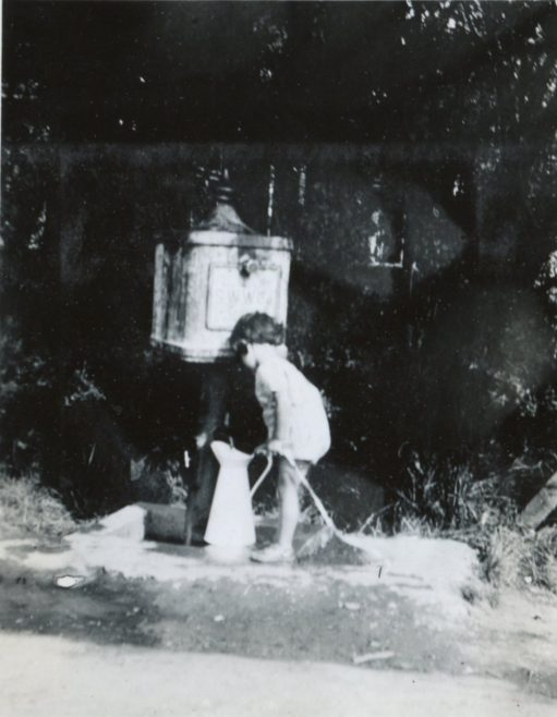 An Old Fountain that stood in Furtherwick Road | Henry Clubb
