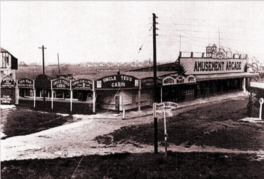 Uncle Ted's Cabin with Andrews fairground to the right