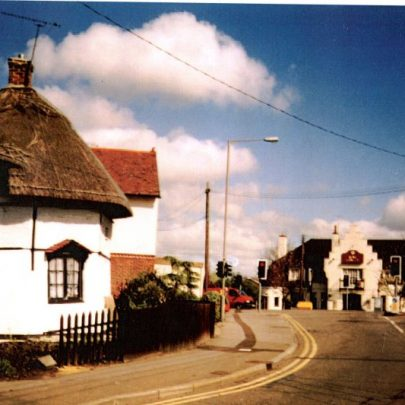 Haven Road with 1621 Dutch Cottage. King Canute pub in background. | Wendy Knight
