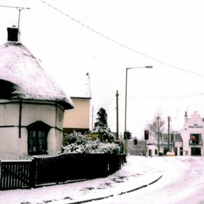 Haven Road with 1621 Dutch Cottage. King Canute pub in background in the snow. | Wendy Knight